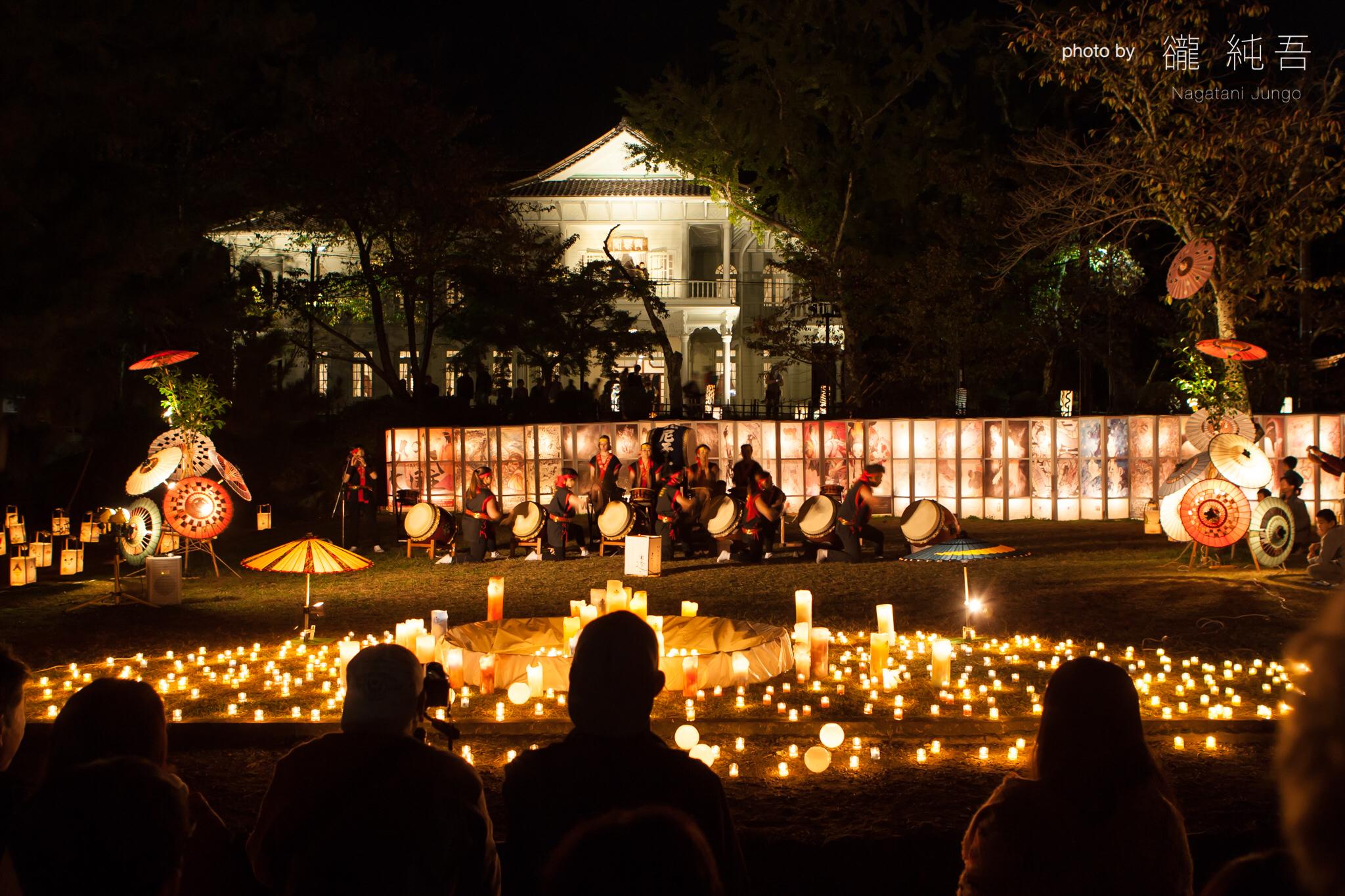 松江城二の丸・上の段で催される「いにしえの光と音」(松江水燈路 2016)